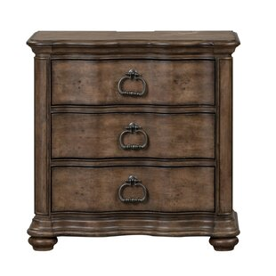 Staveley 3 Drawer Bachelor's Chest by Darby Home Co