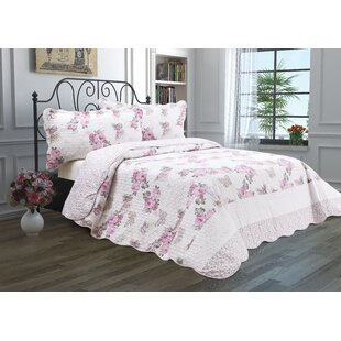 Lucky Roses Reversible Quilt Set
