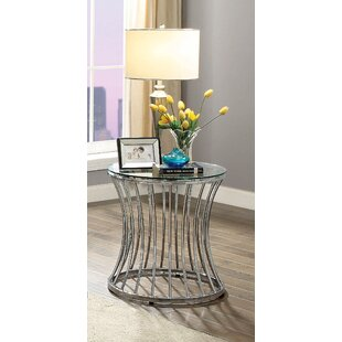 Aura End Table by House of Hampton
