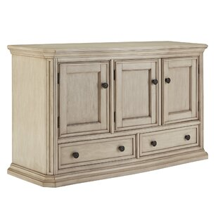 Charmant Dining Room Sideboard