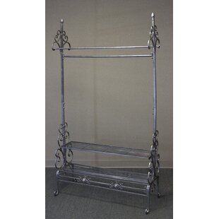 Find a 40 W Garment Rack By Tripar