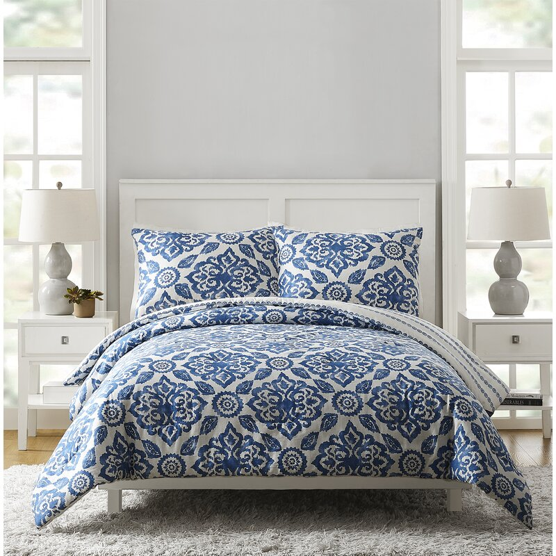 Stitched Medallions Reversible Comforter Set