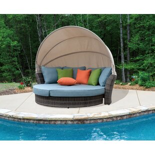 Brayden Studio Linton Outdoor Expandable Oval Daybed