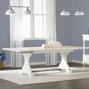 Lark Manor Saguenay Extendable Dining Table