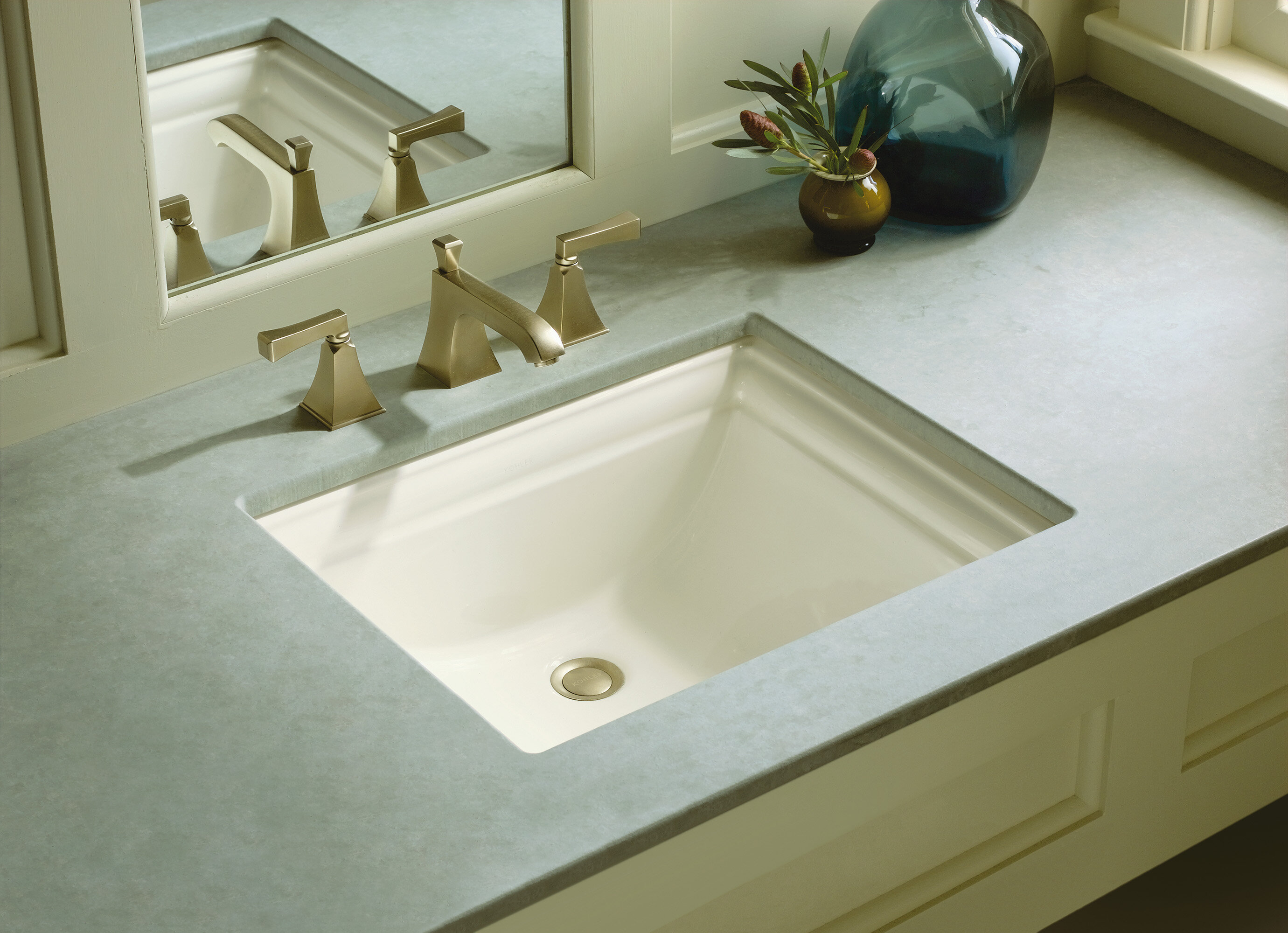 Memoirs Vitreous China Rectangular Undermount Bathroom Sink with Overflow
