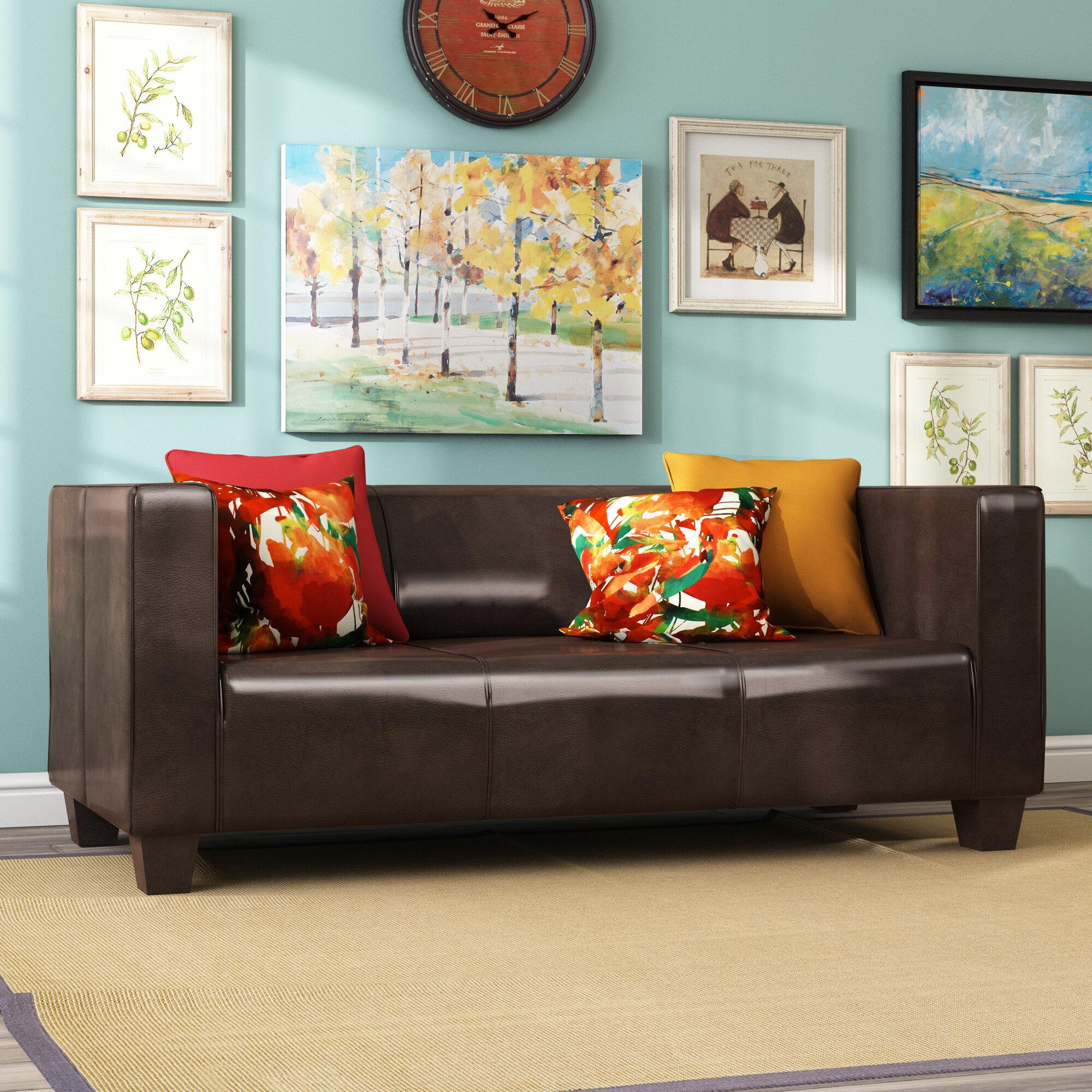 Anspruchsvoll 3 Sitzer Couch Foto Von
