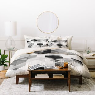 East Urban Home 3 Piece Duvet Set