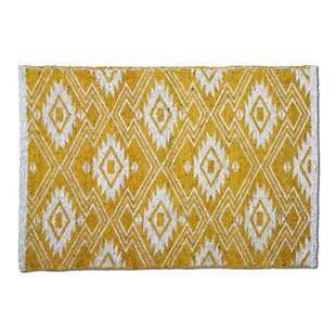 Folk Hand-Woven Amber Indoor/Outdoor Area Rug