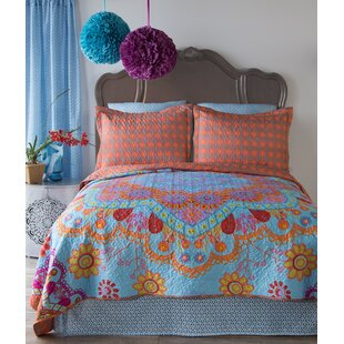 Garbutt Reversible Quilt Set