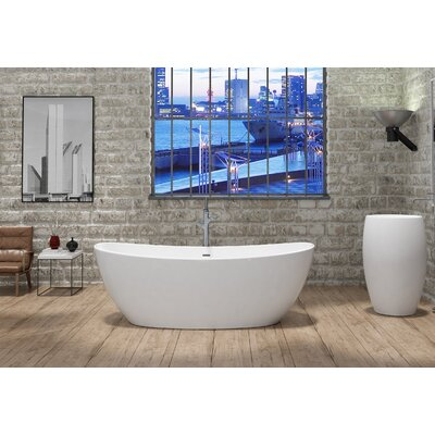 Manhattan Freestanding Soaking Bathtub CastelloUSA
