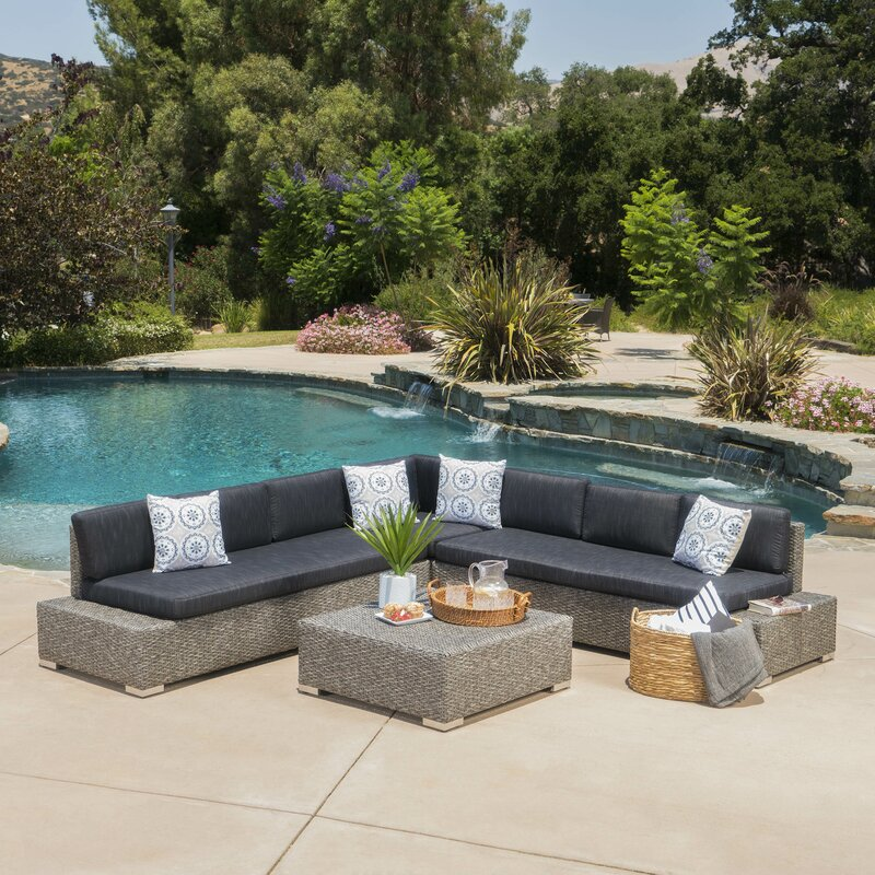 Mallus Outdoor 4 Piece Sectional Set With Cushions