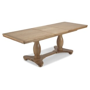 Review Saona Extendable Dining Table