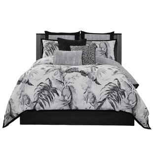 Laundry by Shelli Segal Printed 3 Piece Reversible Comforter Set