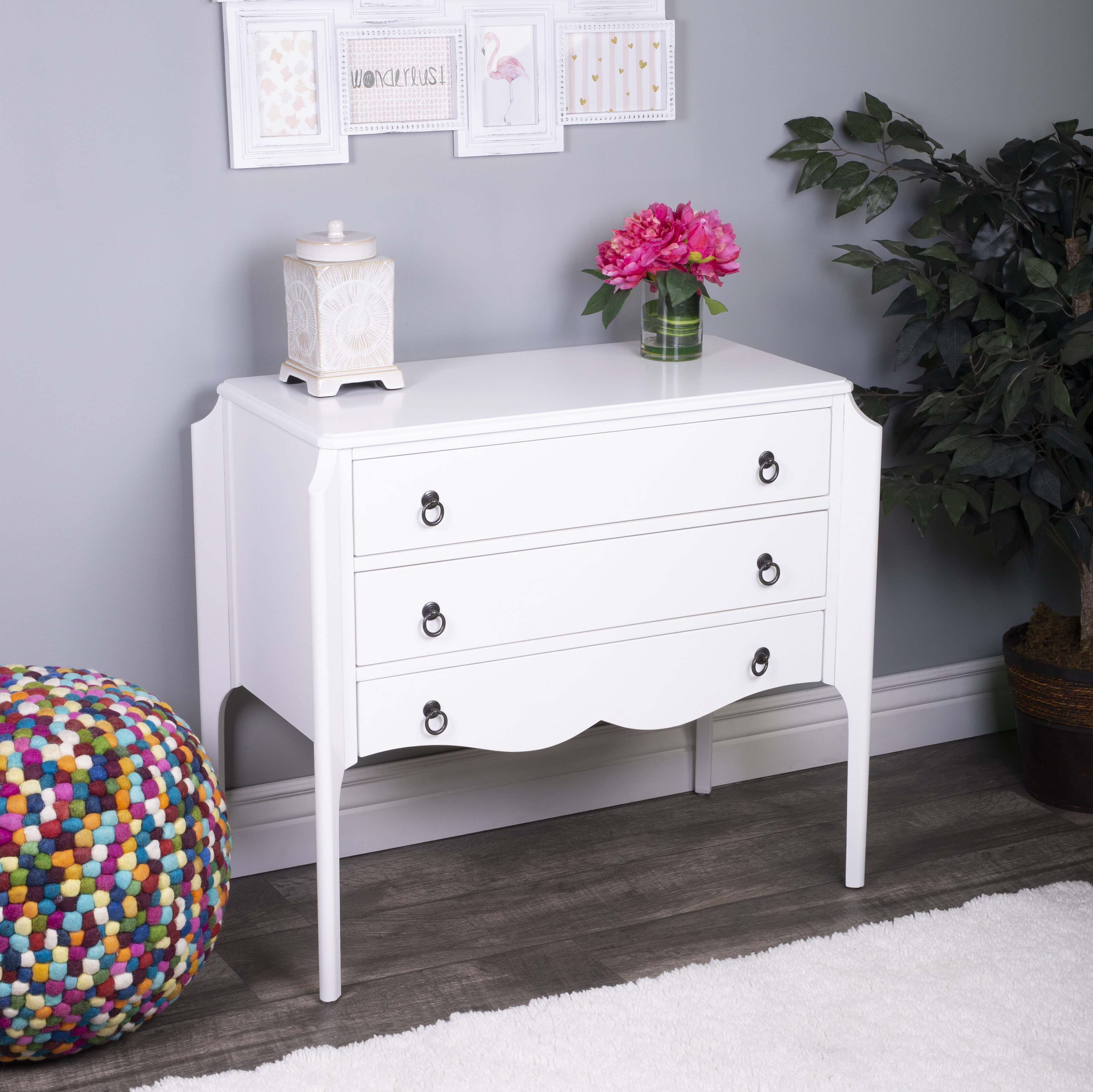 20   Drawer Accent Chest