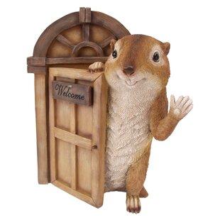 Garden Greetings Squirrel Welcome Tree House Door Statue Image