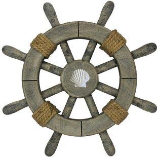 Ship Wheel With Seashell Wall Décor
