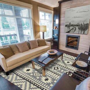 Heritage Handmade Gray Indoor/Outdoor Area Rug