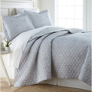 Tabor Cotton Reversible Quilt Set