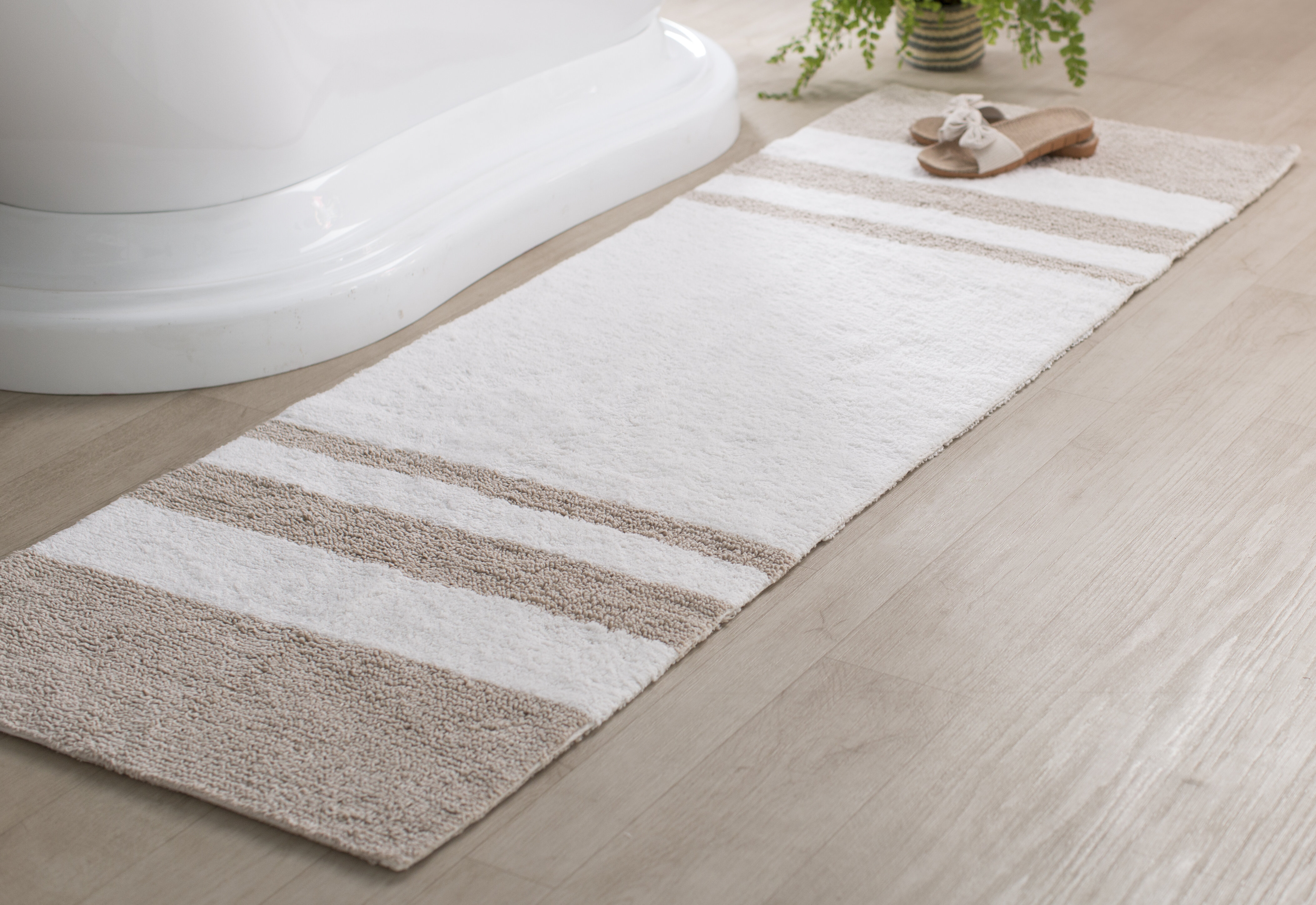 Beachcrest Home Rosenbloom Rectangular 100 Cotton Striped Bath Rug Reviews