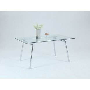 Shyanne Dining Table