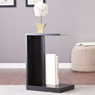Holly and Martin End Table by Wildon Home�