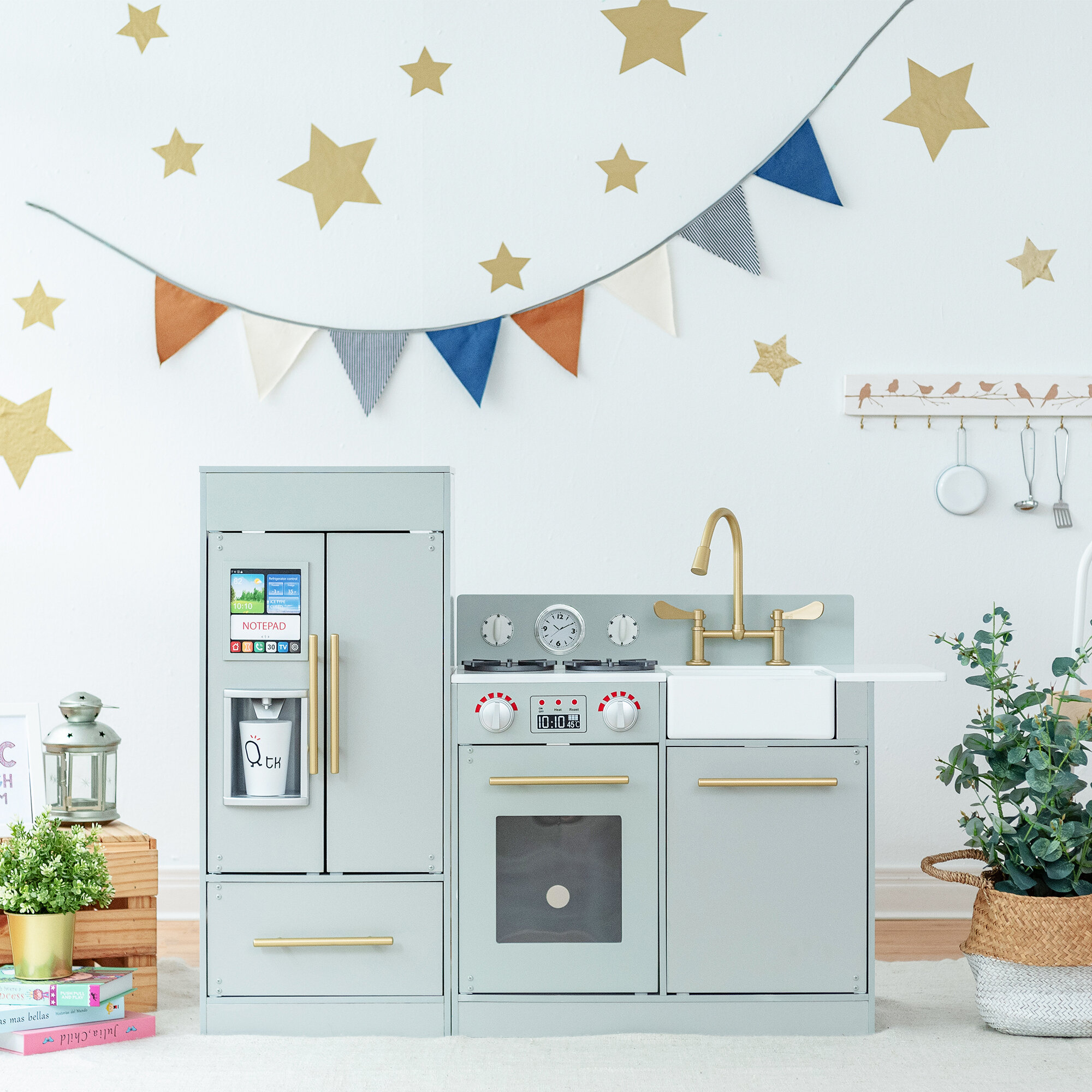 Urban Adventure Play Kitchen Set