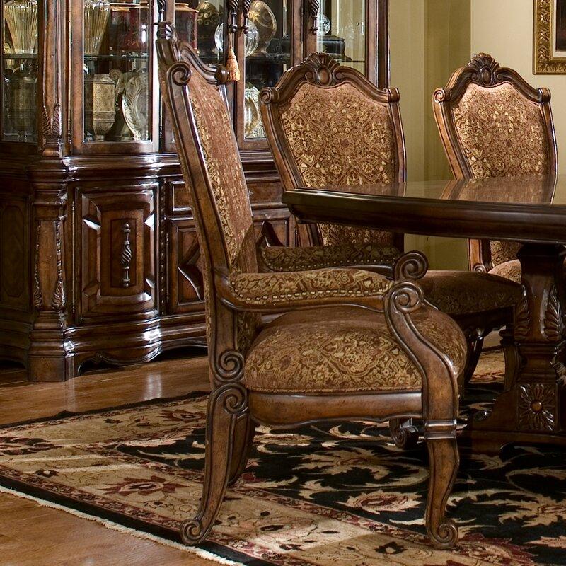 Windsor Court Arm Chair
