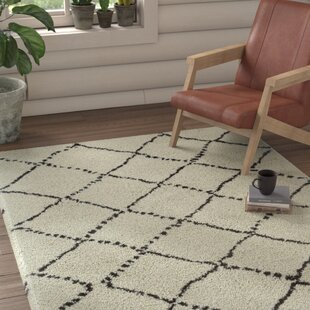 Woodward Trellis Rhinestone Indoor/Outdoor Area Rug
