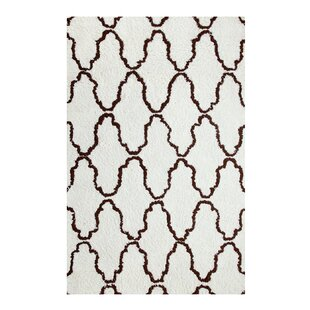Best Price Superior Trellis Hand-Woven Ivory/Chocolate Area Rug By Simple Luxury