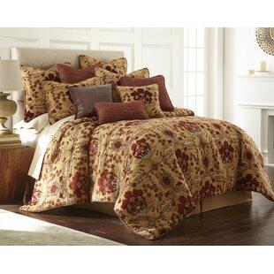 Benedetto Comforter Set