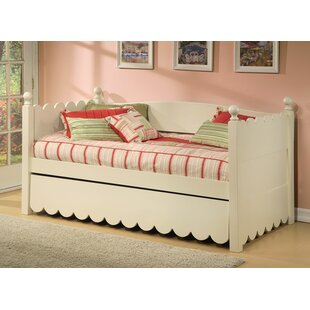 Scallop Twin Daybed With Pop Up Trundle
