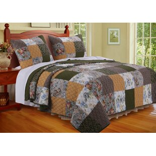 Cedar Creek Quilt Set by Greenland Home Fashions Fresh
