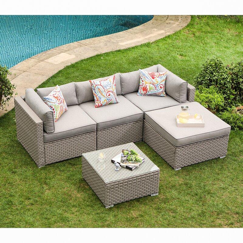 Wrought Studio Shivangi 5-Piece Outdoor Furniture Set Warm Gray