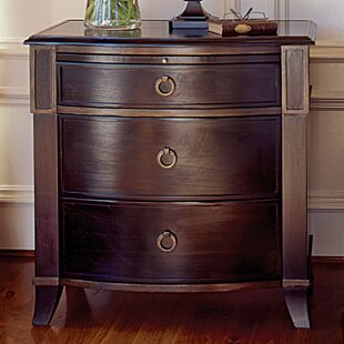 Metropolitan 3 Drawer Bachelor's Chest by Brownstone Furniture