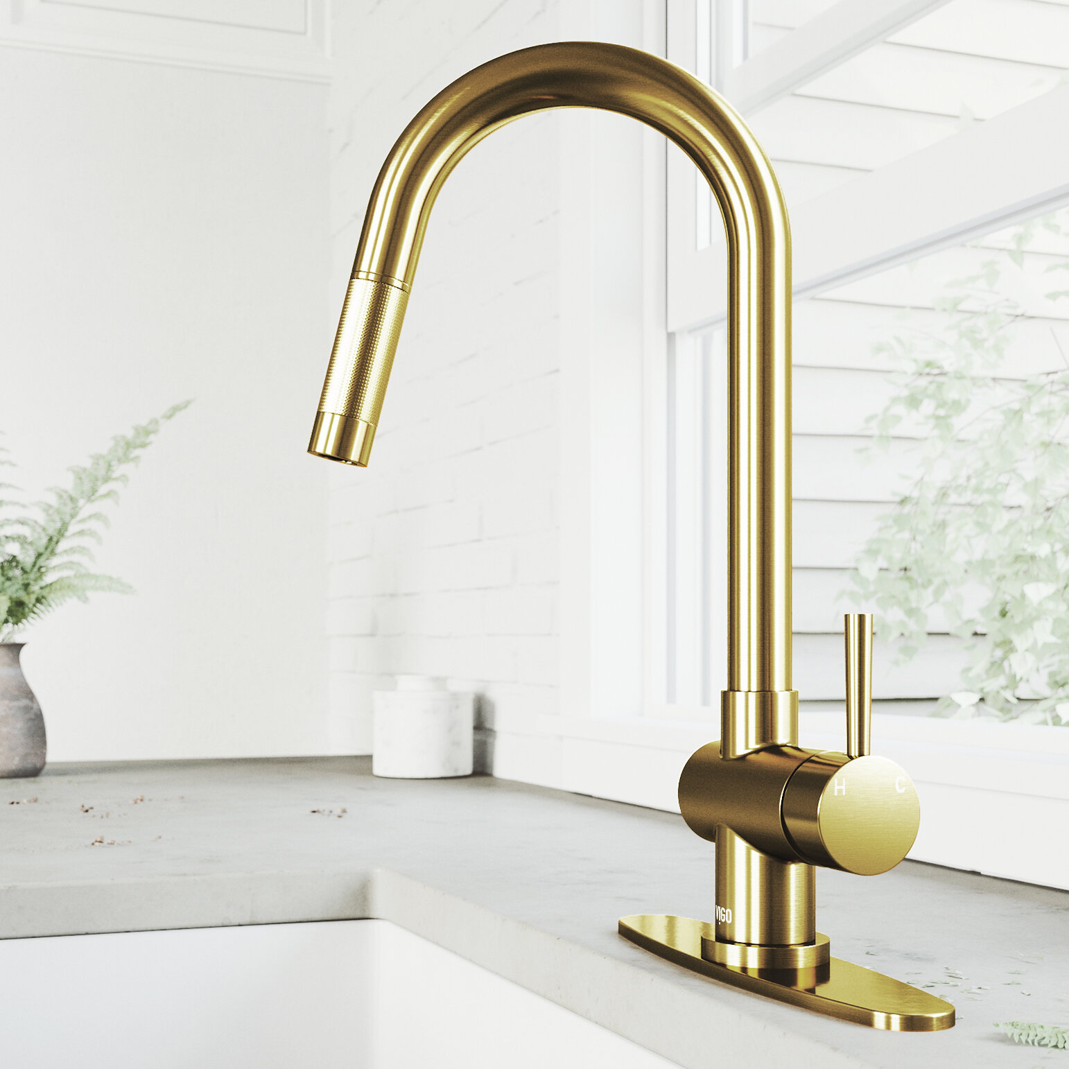 Gramercy Pull Down Single Handle Kitchen Faucet