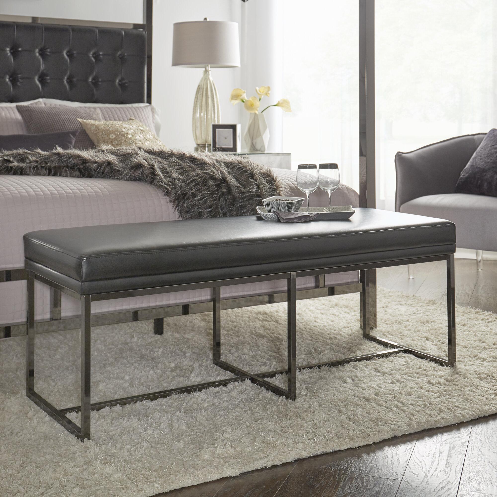 Fadrique Upholstered Bedroom Bench