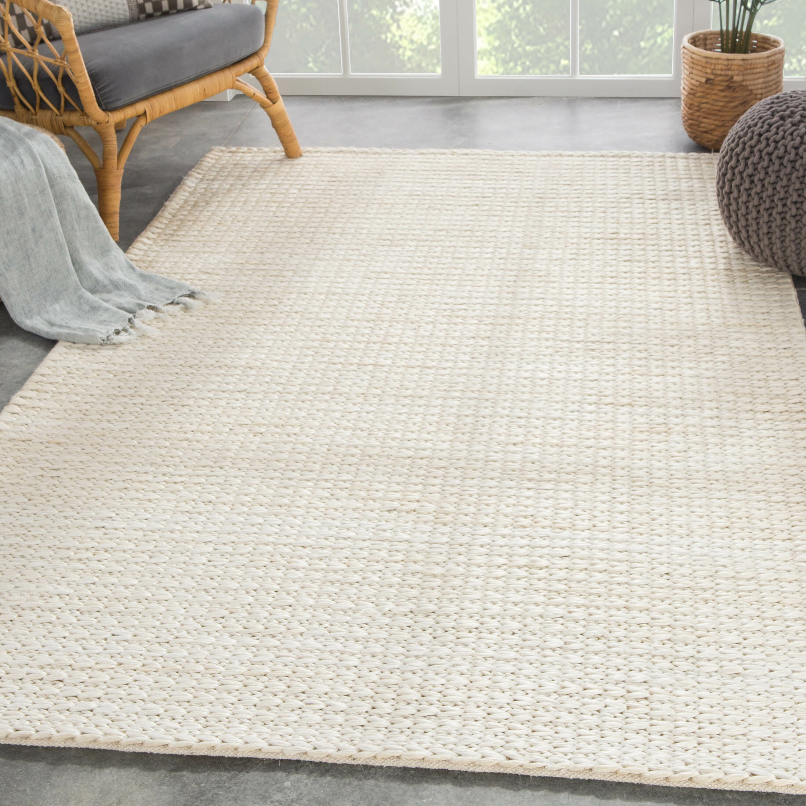 Gie Natural Solid Hand Woven White Area Rug
