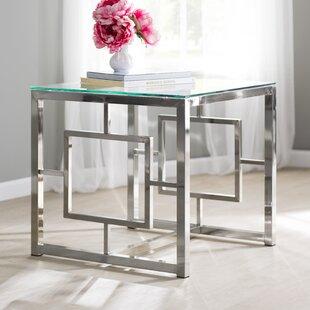 Gentil Danberry End Table