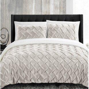 Mercer41 Heilman Comforter..