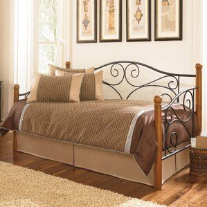 Wolfhurst Daybed with Trundle by Alcot..