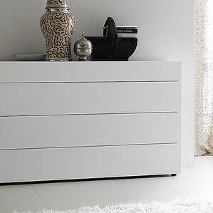 Matrix 4 Drawer Dresser by..