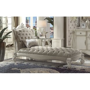 Welton Chaise Lounge