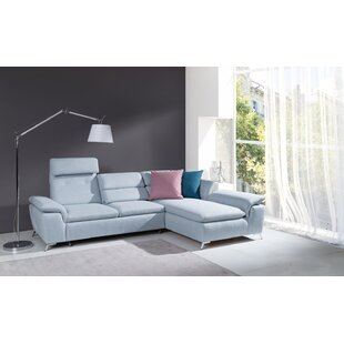 Levering Sleeper Sectional