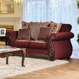 Astoria Grand Shelba Traditional Sofa