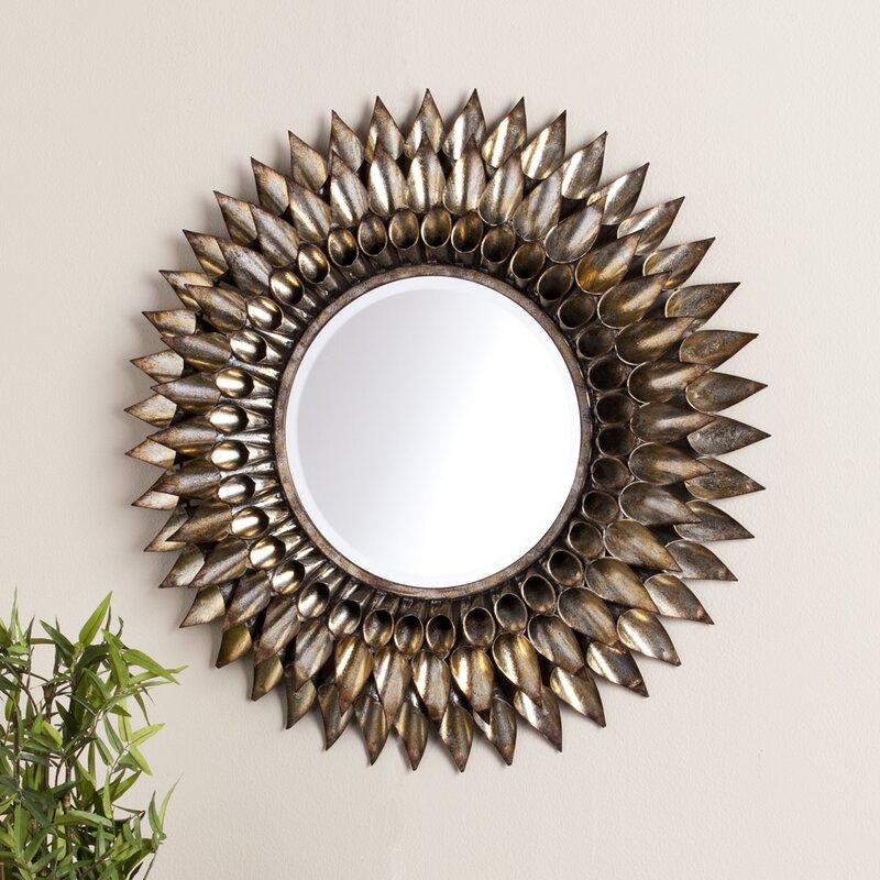 Merveilleux Round Galvanized And Weathered Silver Decorative Wall Mirror