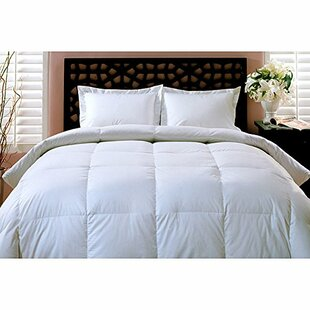 Luxurious Lightweight Down Comforter