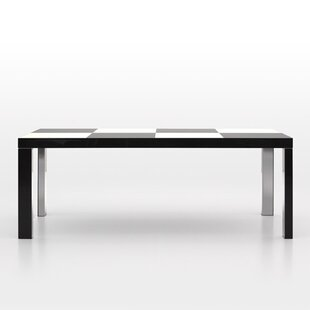 Dayla Dining Table