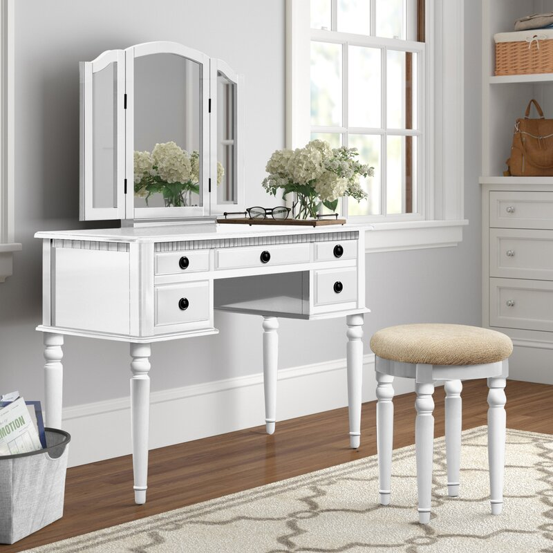 Torrance Vanity Set with Stool and Mirror