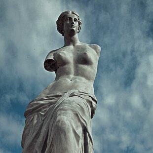 Amedeo Design ResinStone Venus De Milo Statue