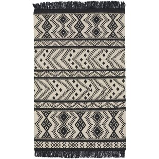 Online Reviews Pillar Black/White Area Rug By Union Rustic